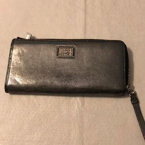 Coach Poppy Silver Wallet
